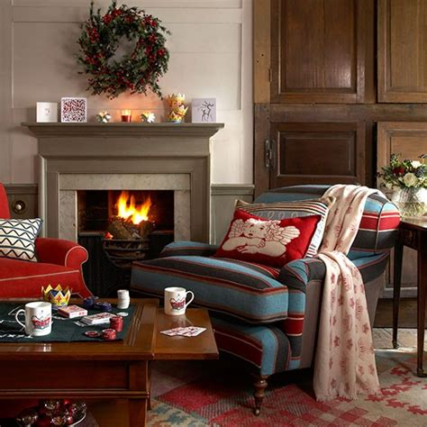 country club living room decorated for christmas country