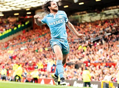 epl games yesterday epl joe allen scores as manchester united draw with stoke
