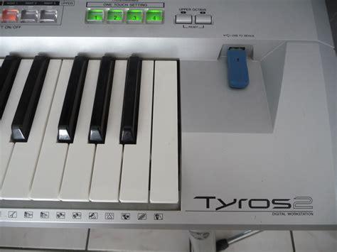 Keyboard Yamaha Tyros 2 yamaha tyros 2 image 264785 audiofanzine