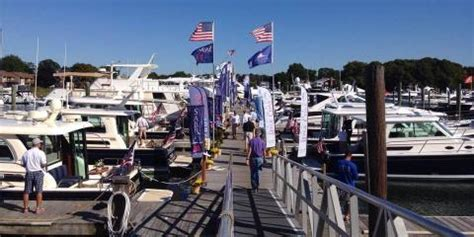 boats for sale in norwalk ct petzold s yacht sales norwalk in e norwalk ct boat sales
