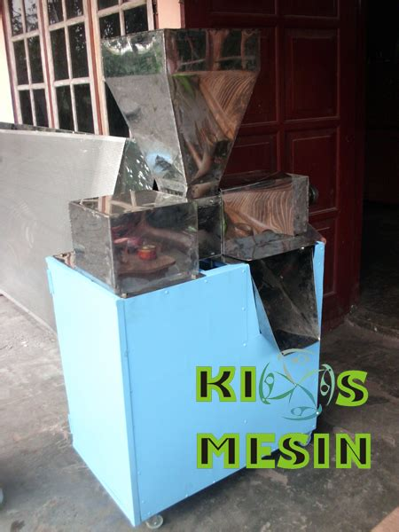 Sabut Kelapa By San House kios mesin mesin pengupas sabut kelapa mesin pengupas