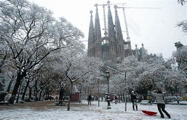 barcelona in winter barcelona winter wonderland blog of the courtier