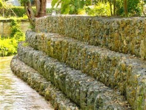 gabbie ornamentali costruire con i gabbioni