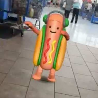Hot Dog Girl Meme - snapchat hot dog meme here s how to use it fortune com