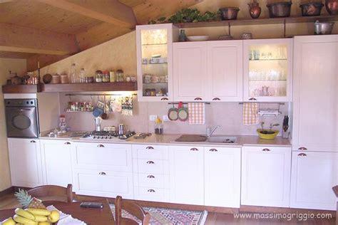 Cucina Per Mansarda by Cucine Per Mansarde Massimo Griggio
