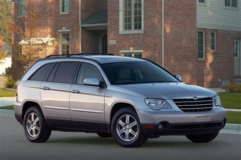 2008 chrysler pacifica touring reviews 2008 chrysler pacifica overview cars