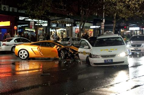 Lamborghini Dealership Sydney Lamborghini Gallardo Crashes In Sydney