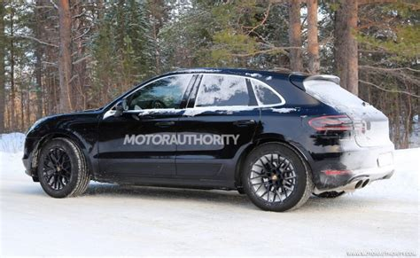 porsche macan spy shots  video
