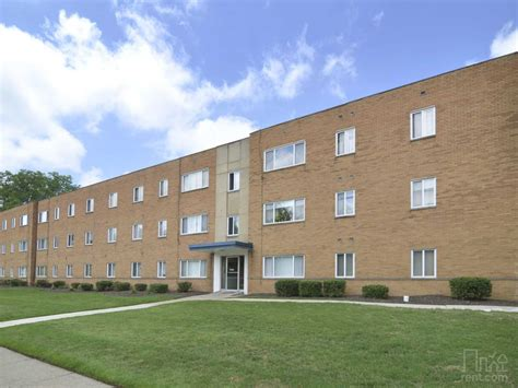 2 bedroom apartments cleveland ohio 2 bedroom 1 bathroom rental house id 558539 in cleveland