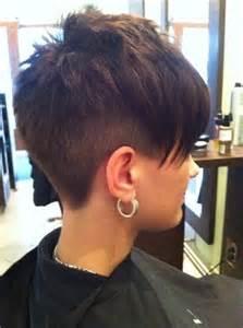 coupe d 233 grad 233 e et tr 232 s courte pour femme coiffure