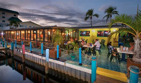 sanibel fish house fresh seafood restaurants casual beach style dining the fish house restaurant fort