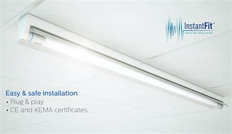 philips tube light price philips eases switching fluorescent tubes with led