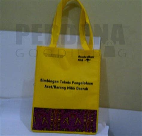 Goodie Bag Spunbond Batik gallery contoh goodie bag ideas perdana goodie bag