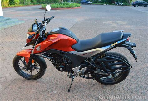 honda hornet honda cb hornet launched price specs images test ride