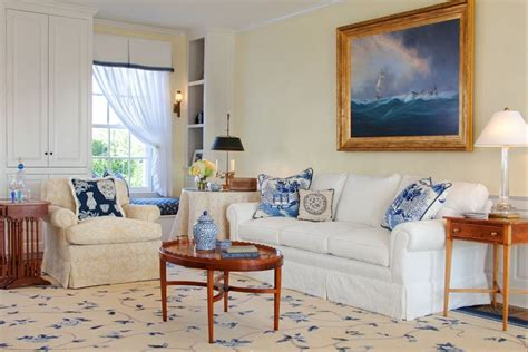 nantucket home decor nantucket decorating style life has to offer a little bit