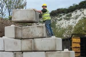 concrete interlocking retaining wall blocks concrete supplies and services plus concreting equipment