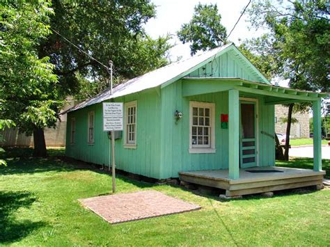 shotgun house shotgun house in georgetown texas