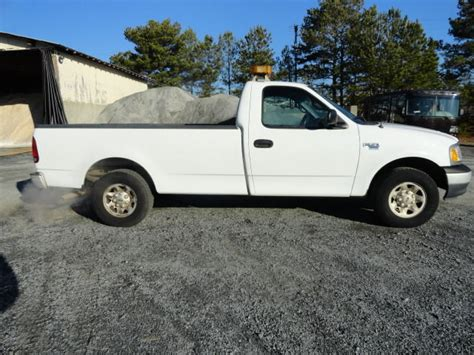 ford f150 long bed 2000 white ford f150 cng truck long bed with light bar one