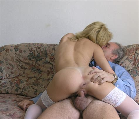 Swinger Cuckold Sexy Blonde Milf Interracial Group Sex