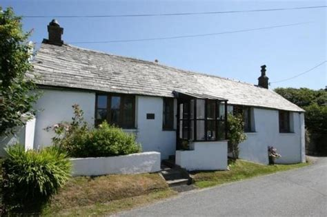 Cottages In Tintagel by The Garden Apartment Cottage In Tintagel Cornwall