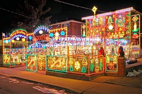 Crazy Christmas Lights 15 Extremely Over The Top Outdoor Top Light Displays