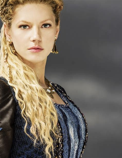 ragnar lodbrok wives lagertha is the first wife of ragnar lothbrok vikings