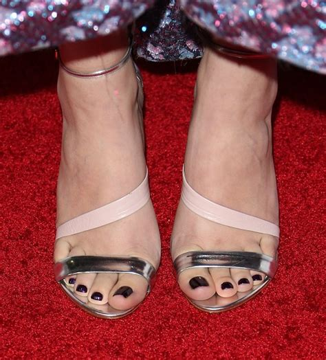 toes shoes hailee steinfeld foot and shoes