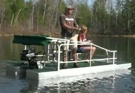 bass pro houseboats 25 best ideas about small pontoon boats on pinterest