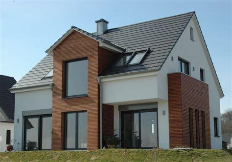 fassaden bilder einfamilienhaus modernes einfamilienhaus compact bau gmbh co kg