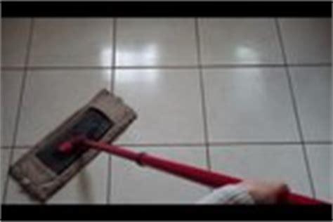 badewanne stumpf was tun rote ablagerungen so wird die dusche wieder sauber