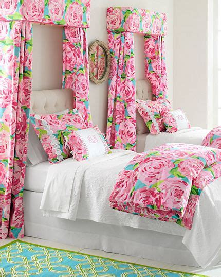 lilly pulitzer bedroom ideas lilly pulitzer first impressions bedroom twin beds