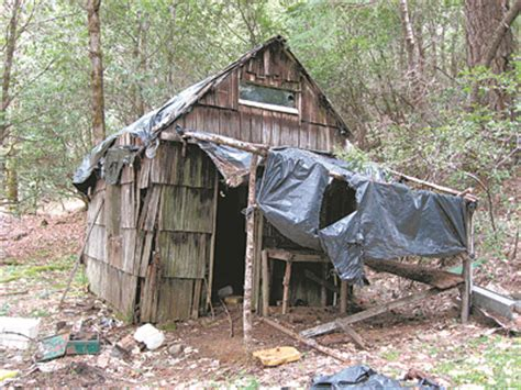 southern oregon outdoors murder and dilapidated cabins