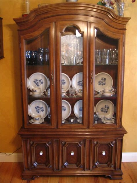 how to decorate your china cabinet 30 best china cabinet images on pinterest china cabinets