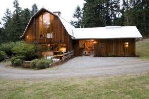barn home 11 amazing barns turned into beautiful homes