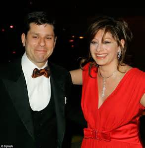 maria bartiromo obsessed ex citigroup chief todd s thomson had love child with violinist