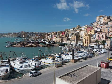 porto palo sicilia agrigento porto palo di menfi mare cristallino luoghi d arte e cultura