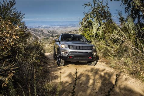 jeep compass trailhawk 2017 2017 jeep compass reviews and rating motor trend