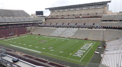 kyle field student section texas a m s renovated kyle field is a perfect blend of