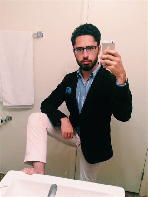 guy bathroom selfie guy mirror selfie www pixshark com images galleries