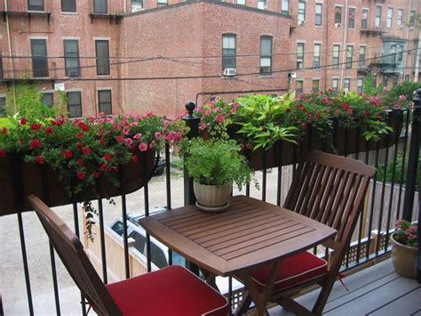vasi da balcone vasi da balcone vasi da giardino tipi di vasi da balcone