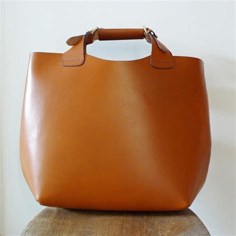 Zara Leather Bag bargainista fashionista zara s sell out tote bag