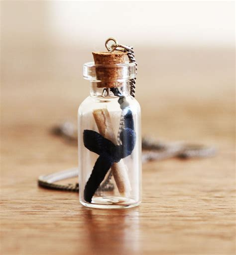 In The Bottle Necklace diy bottle necklace