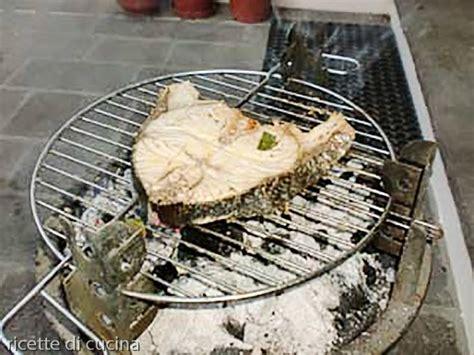 cucinare alla griglia barbecue trancio di ricciola alla griglia ricette di cucina