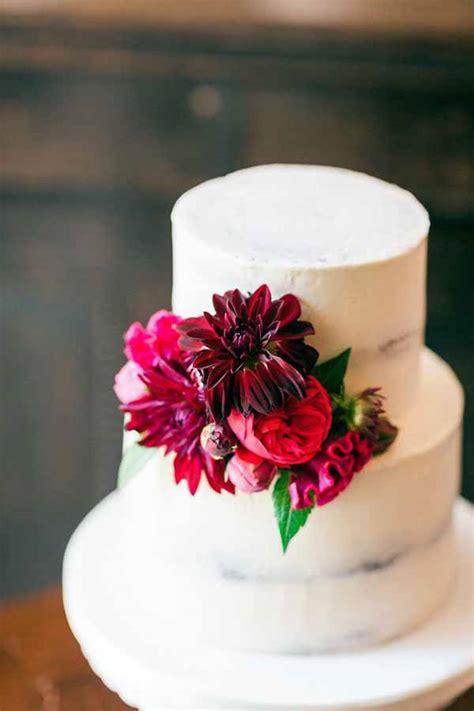 wedding wednesday wedding cakes flirty fleurs