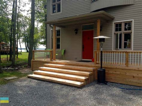 Front Porch Deck by 2 Level Cedar Deck At A Cottage M E Contracting