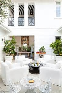 Kourtney Kardashian Home by Kourtney Kardashian And Scott Disick Buy 5 8 Million Home