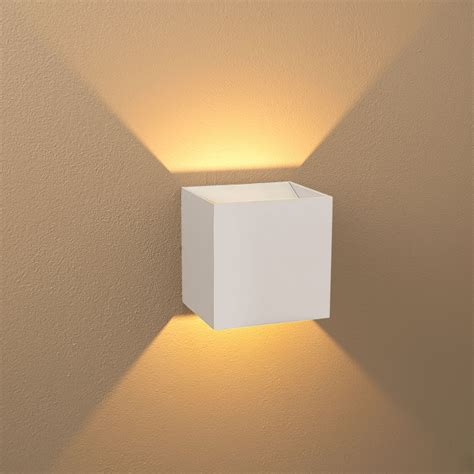 Modern Wall Lighting Fixtures Bruck 103040wh Wh 3 Qb Modern White Exterior White Interior Led Wall Lighting Bru 103040wh Wh 3