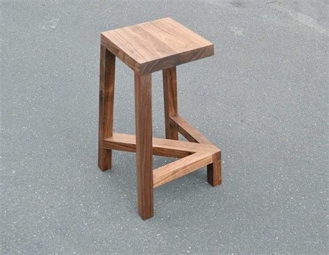 Wooden Stool Design by 17 Best Ideas About Wood Stool On Stool