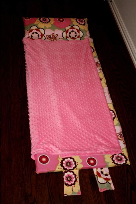 garland not your everyday nap mat tutorial