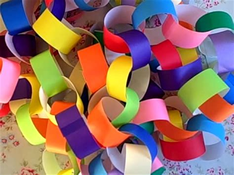 How Do You Make Paper Chains - paper chains on handmade monday